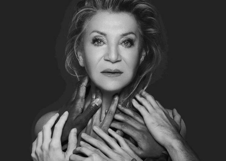 Sheila à Forges les Eaux