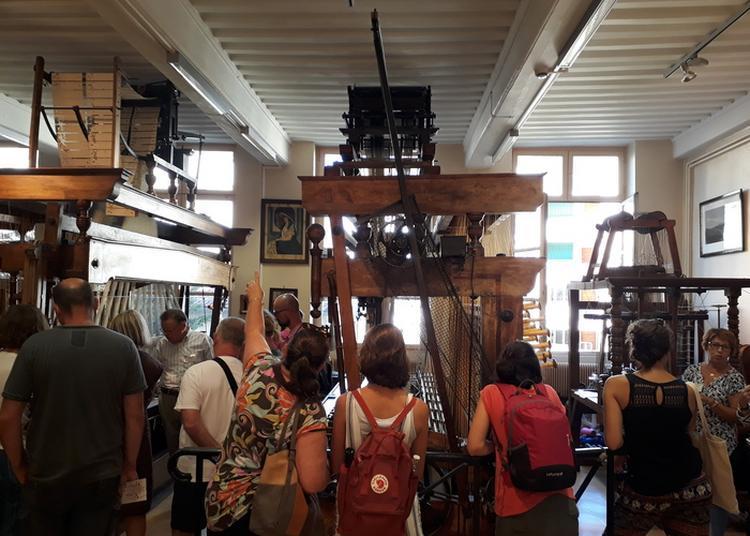 Soierie Vivante : Visite De L'atelier Municipal De Passementerie à Lyon