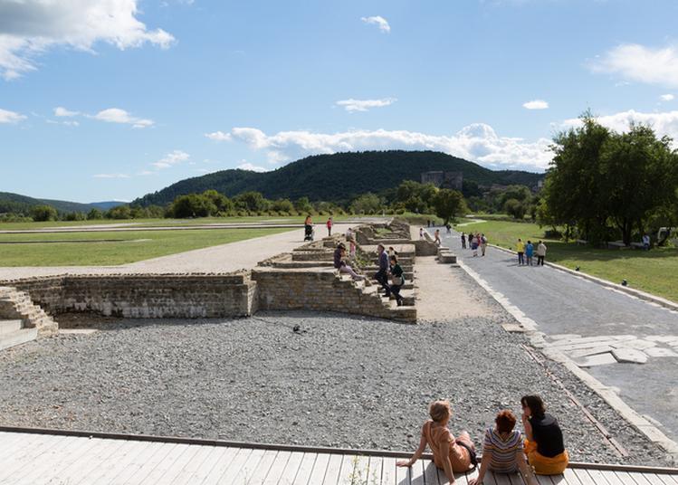 Spectacles Pratiques Amateurs Sur Le Site Archéologique D'alba-la-romaine à Alba la Romaine