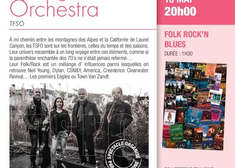 Spring Folk Orchestra en concert à Barraux