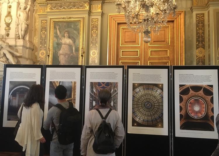 Stand Patrimoine à L'hôtel De Ville De Paris à Paris 4ème