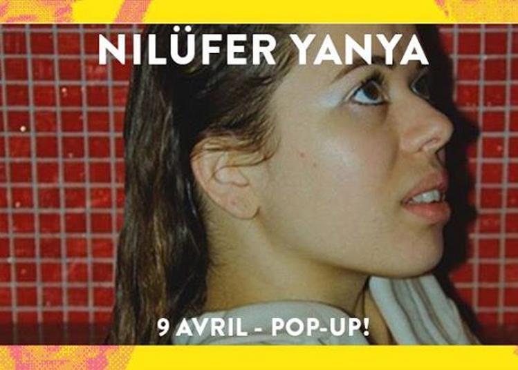 Super! - Nilüfer Yanya à Paris 12ème