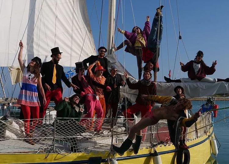 Débarquement festif du premier transport à la voile en méditerranée à Sete