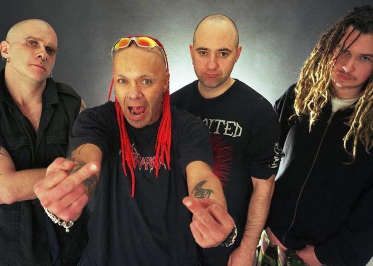 The Exploited + première partie * punk à Vitry le Francois