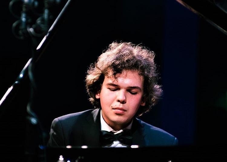 Timofei Vladimirov à Paris 17ème