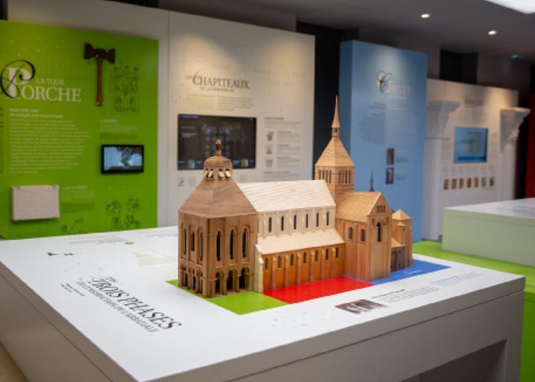 Trois Maquettes Pour Une Abbatiale à Saint Benoit sur Loire