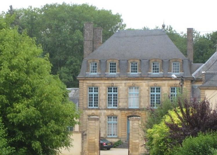 Un Château De Manufacturier à La Fin Du Règne De Louis Xv à Remilly Aillicourt