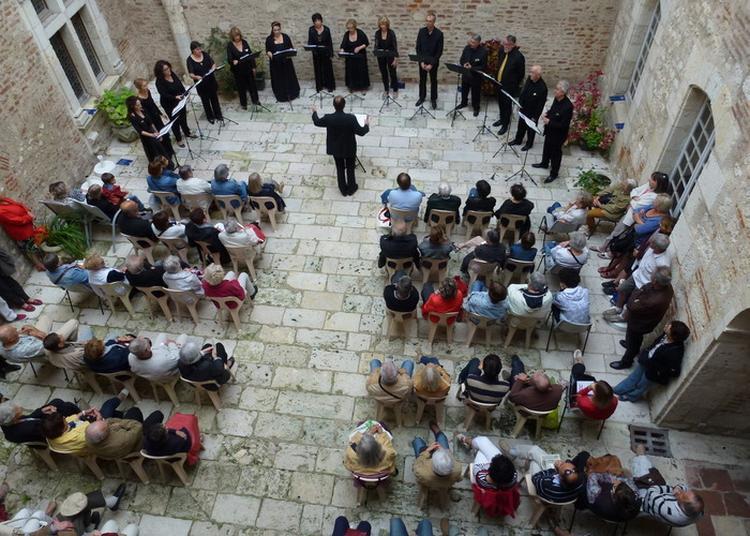 Une Cour, Un Concert : L'ensemble Vocal Oratorio D'agen à Agen