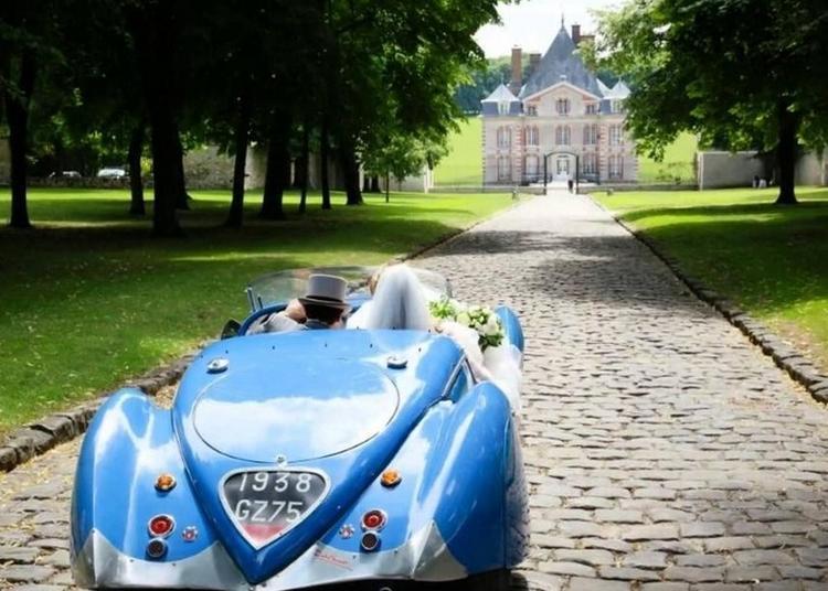 Véhicules Anciens Au Château D'ormesson à Chennevieres sur Marne