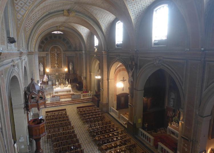 Vêpres En Grégorien à L'église Sainte-eulalie à Montpellier