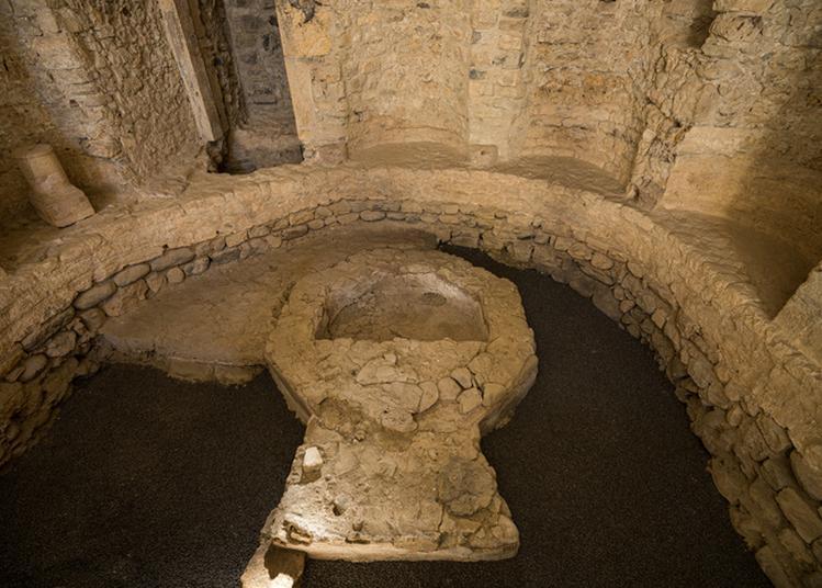 Visite Ancienne Eglise St Jean-baptiste Et Exposition De Sculptures à Meysse