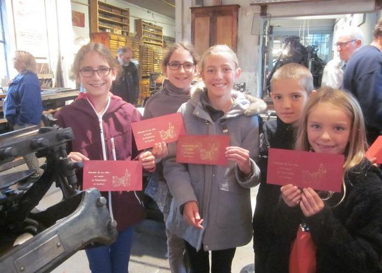 Visite Avec Démonstrations De L'atelier D'un Journal à Louhans