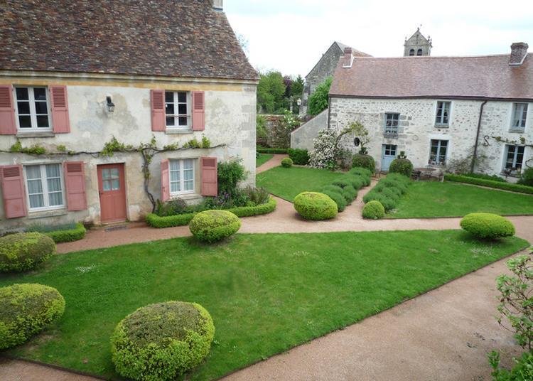 Visite Commentée Du Musée De L'outil Et De Ses Jardins à Wy Dit Joli Village