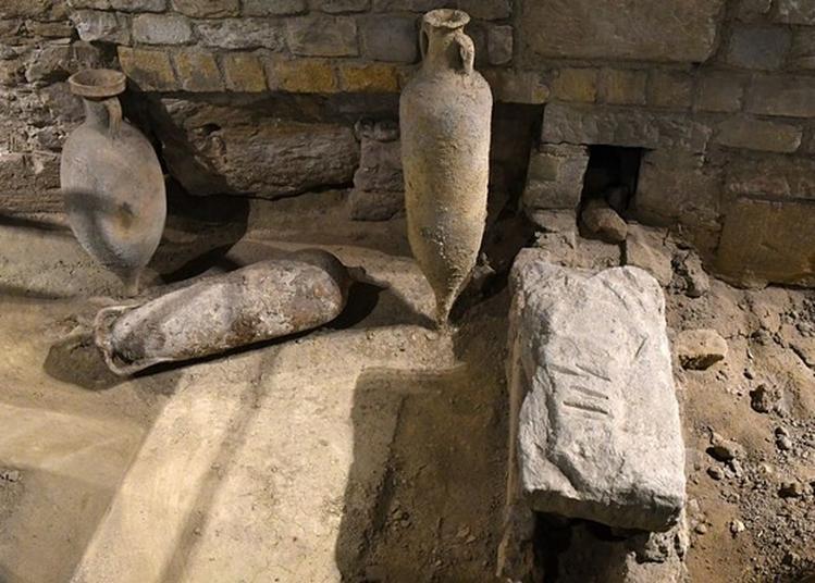 Visite Commentée de vestiges d'entrepôt romains à Marseille