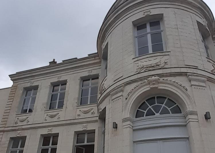 Visite Commentée D'acary De La Rivière à Montreuil