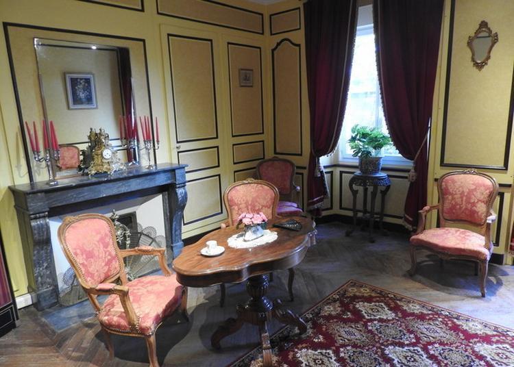 Visite Commentée D'un Château Du XVIIIe Siècle Inachevé à Amilly