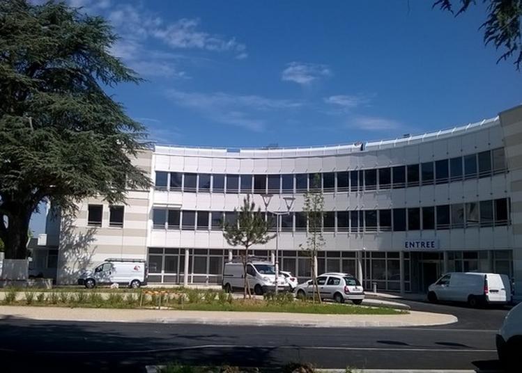 Visite Commentée De L'hôpital Des Petits Prés / H.g.m.s (1862 - 2013) à Plaisir