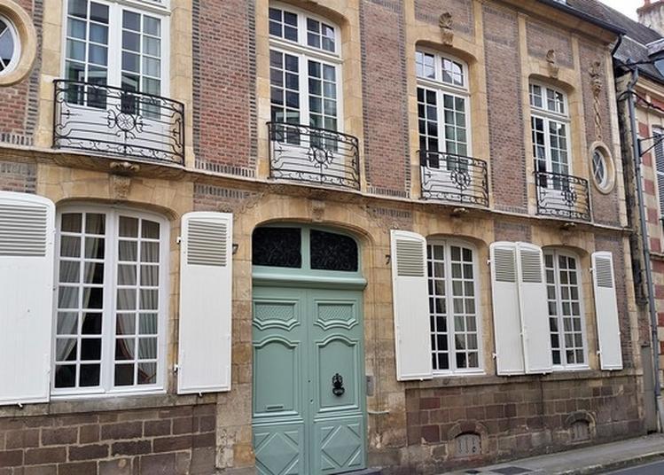 Visite Commentée De L'hôtel De Garidel-thoron. à Moulins