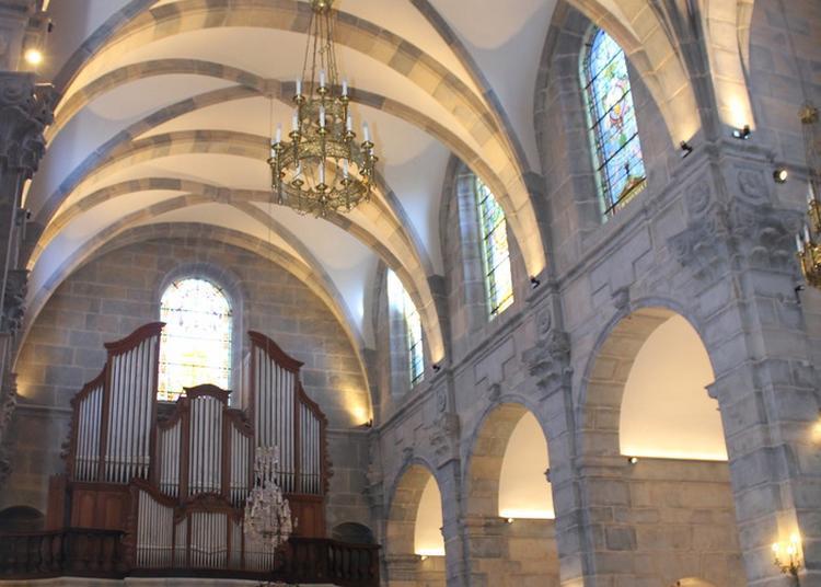 Visite Commentée De La Chapelle Du Centre Diocésain à Besancon