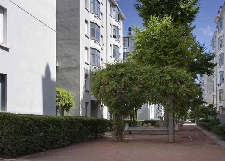 Visite Commentée De La Cité Tony Garnier. à Lyon
