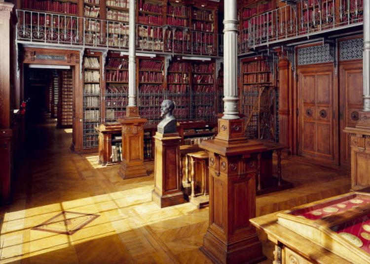 Visite Commentée Des Grands Dépôts Des Archives Nationales (aussi En Langue Des Signes À La Visite De 11h) à Paris 4ème