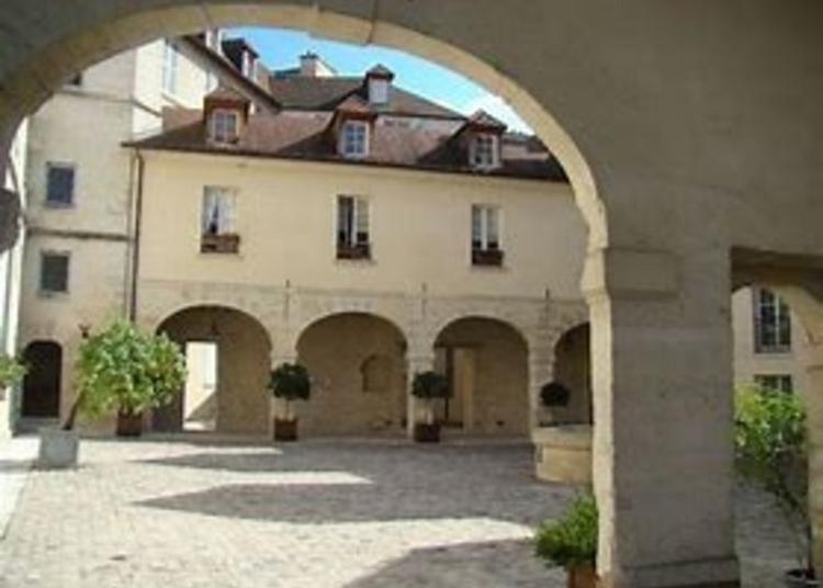 Visite Commentée Du Château De La Reine Blanche à Paris 13ème