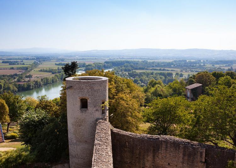 Visite Commentée Du Château-fort De Trévoux. à Trevoux