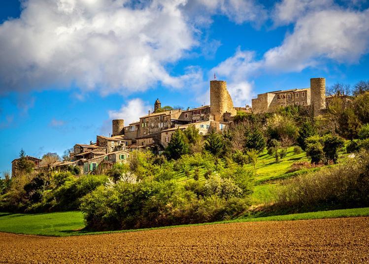 Visite Commentée Du Village Médiéval à Saint Vincent de Barres