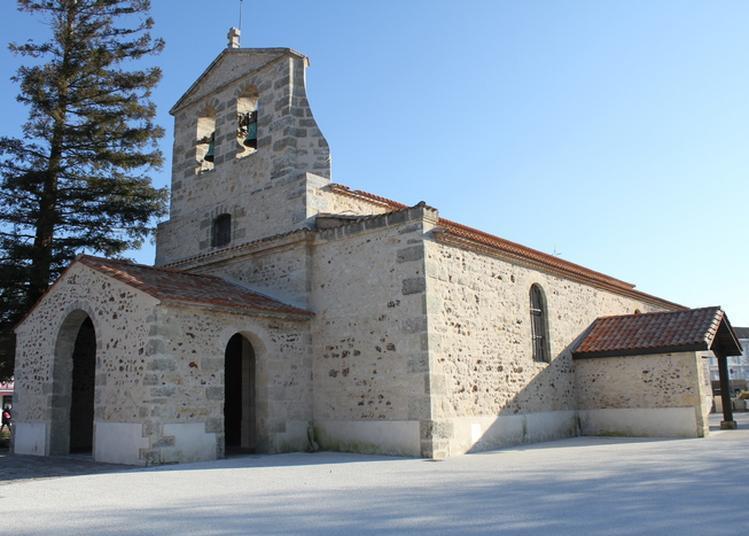 Visite Culturelle D'un Lieu Religieux à Lacanau