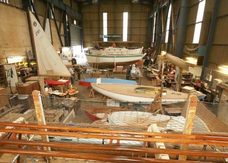 Visite D'un Atelier De Restauration De Bateaux Du Patrimoine à Nantes