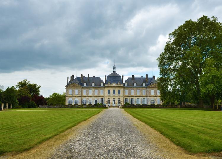 Visite D'un Château Du Xviiie Siècle à Plassac