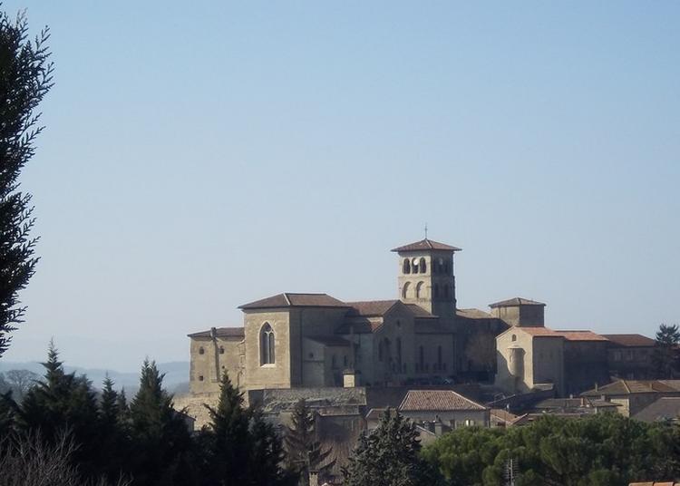 Visite D'un Monument Historique Classé à Saint Donat sur l'Herbasse