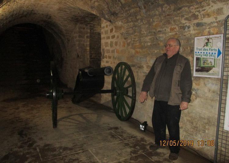 Visite D'un Ouvrage Fortifié Doté D'un Canon à Besancon