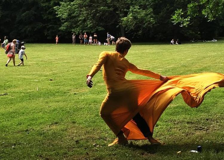 Visite Dansée Du Musée Des Beaux-arts Par La Compagnie Fêtes Galantes à Brest