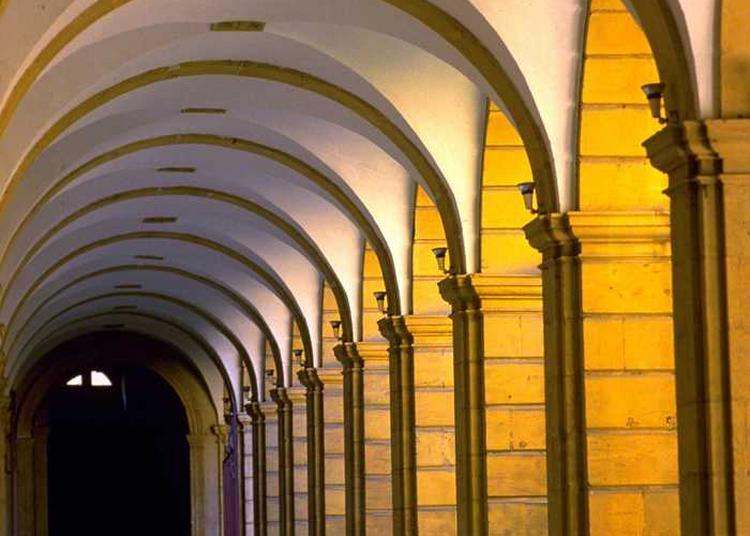 Visite De L'abbaye Et De Son Histoire à Metz
