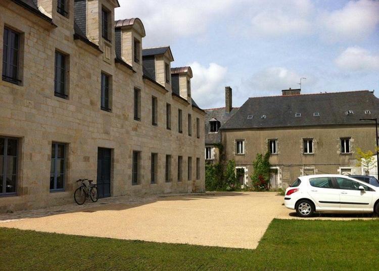 Visite De L'ancien Hôpital Saint Antoine. à Quimper