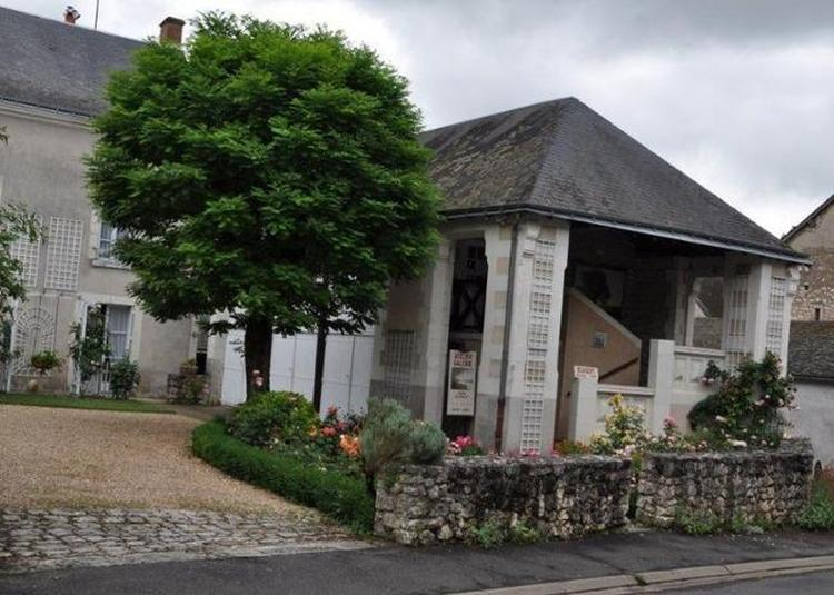 Visite De L'ancienne École De Filles Communale à Artannes sur Indre