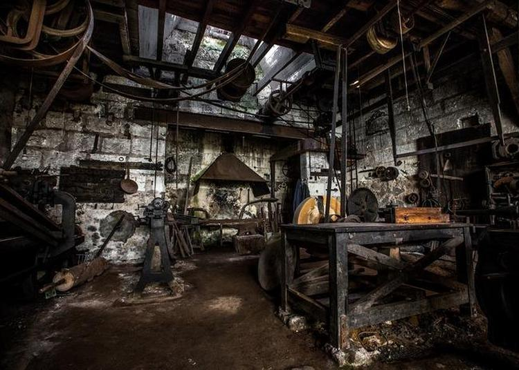 Visite De L'atelier D'un Moulin Très Rare En France à Beaulieu les Loches
