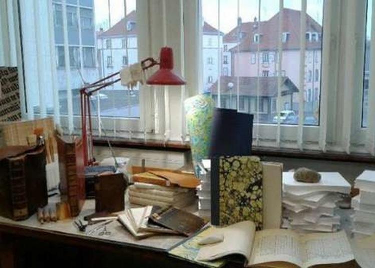Visite De L'atelier De Reliure De L'ufr De Mathématiques Et Informatique De L'université De Strasbourg