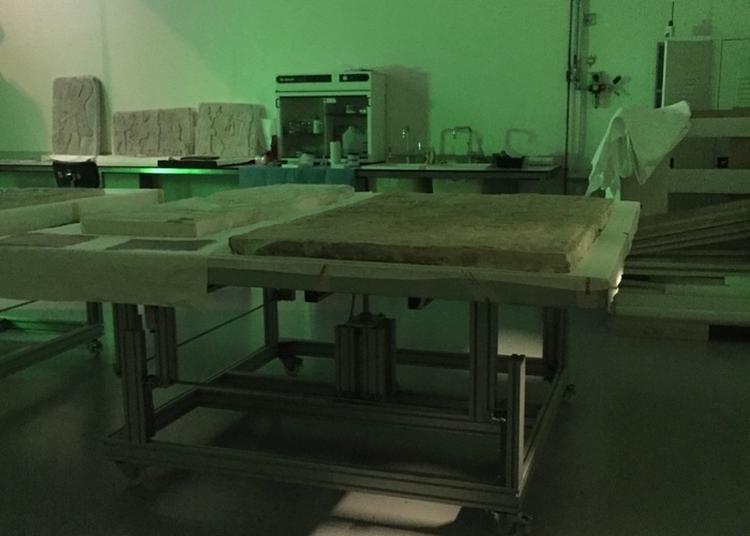 Visite De L'atelier De Restauration à Lens