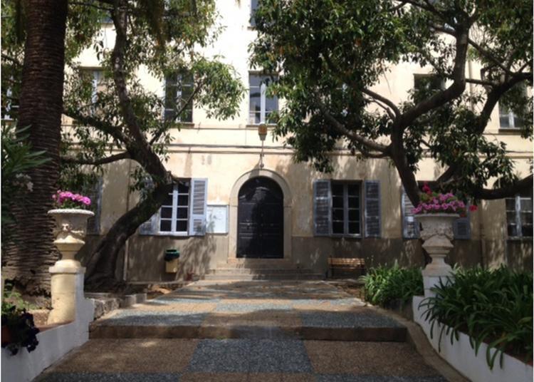 Visite Et Projection D'un Film Documentaire à Ajaccio