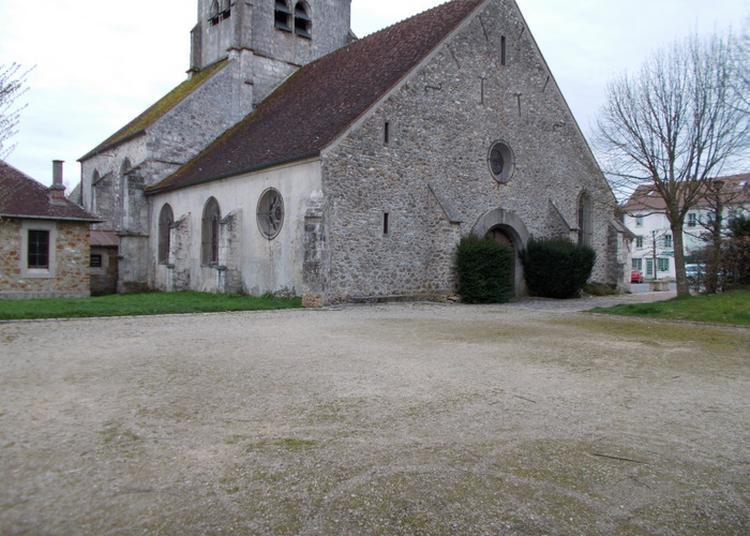 Visite De L'église Du Village De Bellot à Pantin