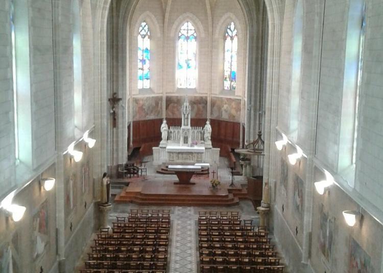 Visite De L'église Notre Dame De La Haye-fouassière Et Ses Secrets à La Haie Fouassiere