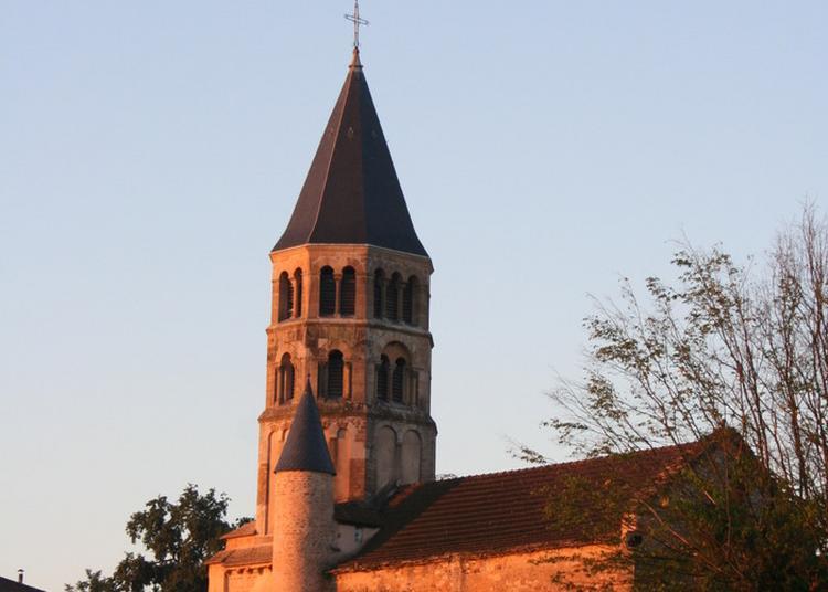 Visite De L'église Romane De Chânes à Saint Amour Bellevue