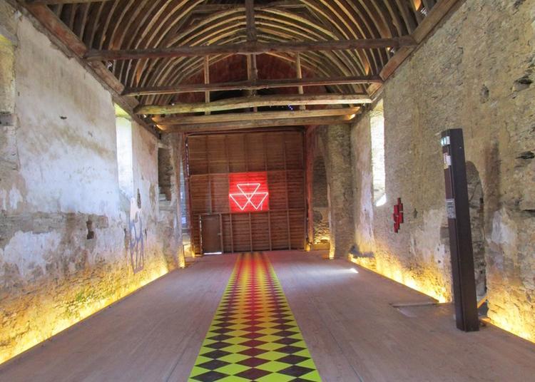 Visite De L'enclos Et Son Exposition ! à Nozay