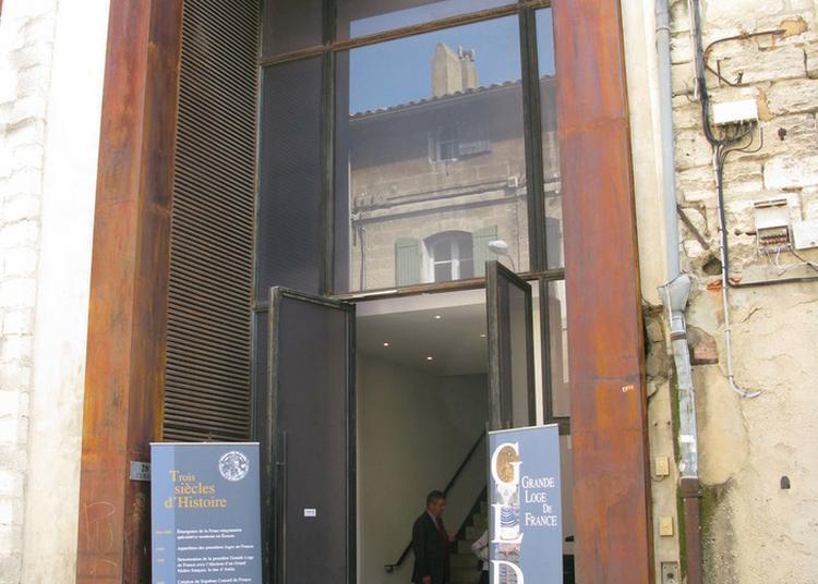 Visite De L'hôtel De La Grande Loge De France à Avignon