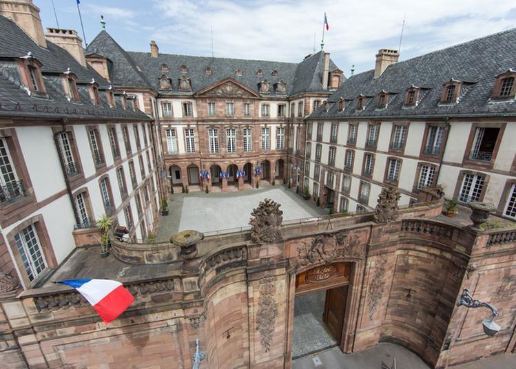 Visite De L'hôtel De Ville De Strasbourg
