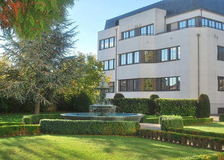 Visite De L'hôtel Du Département à Chaumont