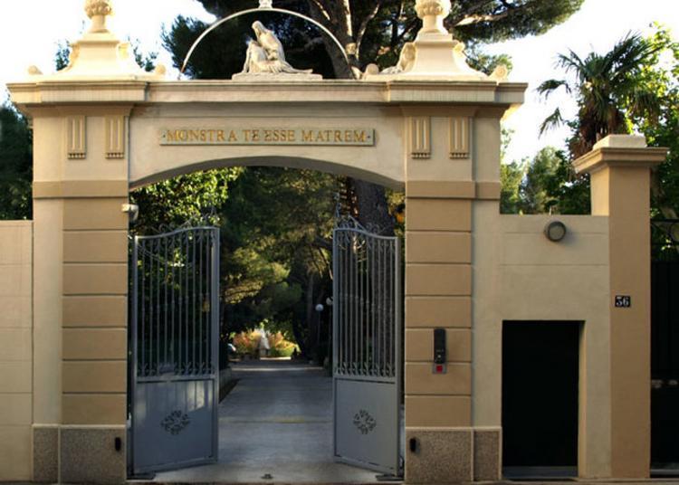 Visite De La Blancarde, Demeure De Noble Et Maison Mère De La Congrégation Des Soeurs De Nd De La Compassion à Marseille