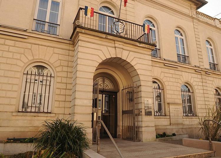 Visite De La Mairie à Bourg la Reine